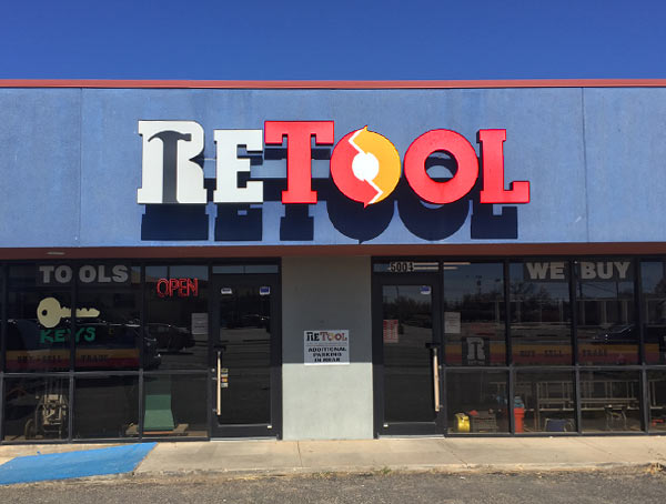 Exterior of Retool store in Lubbock.